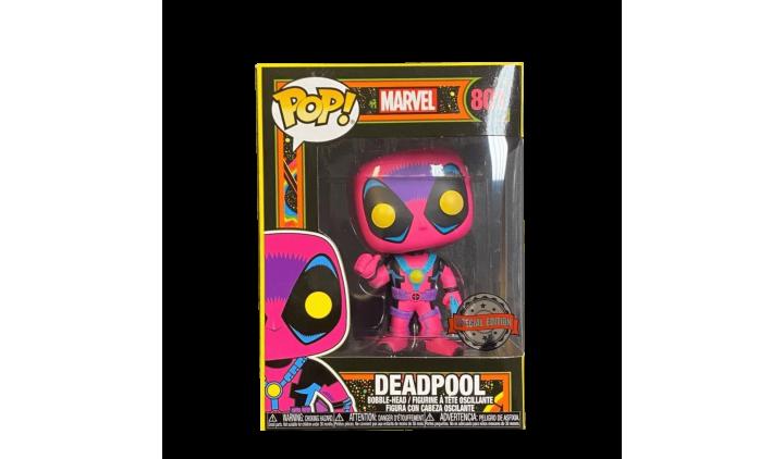 Фигурка Funko POP! Bobble Marvel Black Light Deadpool (Exc) 55091