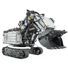 Самый большой LEGO 42100